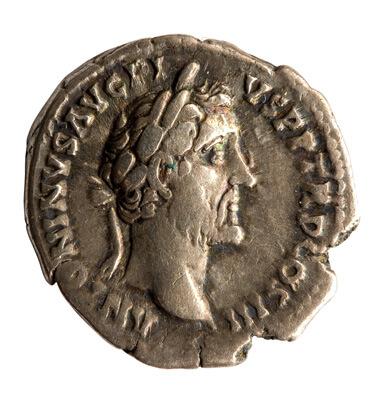 Zilveren denarius van Antoninus Pius uit de jaren 140-144.