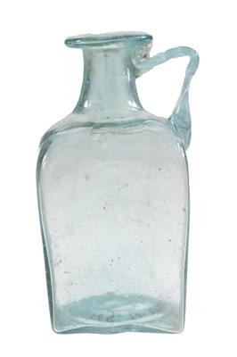 Prismafles, geschikt voor het transport van vloeistoffen.